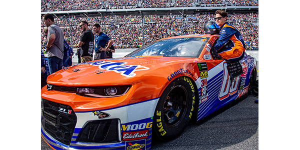 Permatex To Sponsor StarCom Racing Team At NASCAR 2019 Bristol Night Race