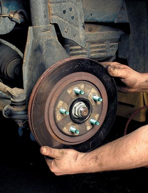 Tech Tip: Removing and Installing a Wheel Hub Bearing